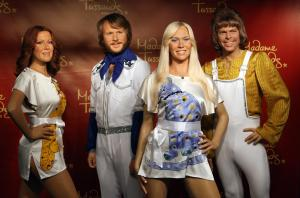 Bonnie Tyler unveils the Abba Wax work today at Madame Tussauds in Berlin - Photograph Courtesy of Getty Images