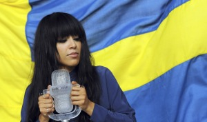 Loreen with the Eurovision Trophy that she will pass onto the winner of Eurovision 2013. Photograph courtesy of Digital Spy