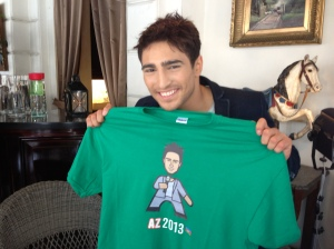 Farid Mammadov with his Minipops Icon T-shirt