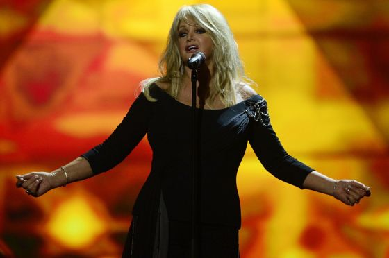 Bonnie Tyler - UK Eurovision Representative for 2013 wind 2 ESC Radio Awards. Photograph courtesy of Mirror.co.uk
