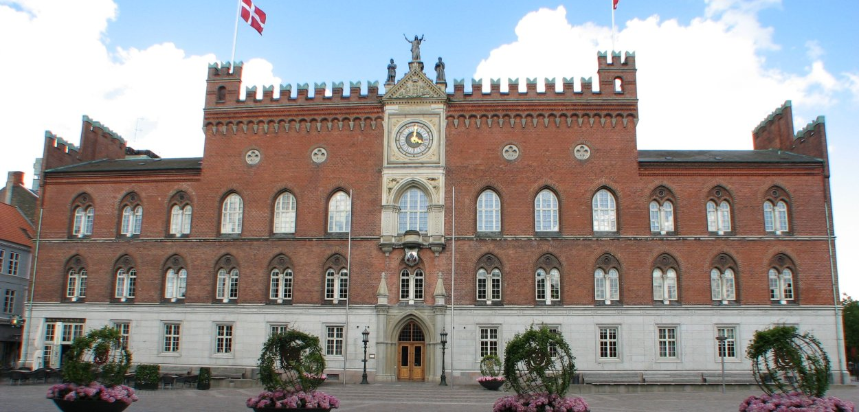 Odense City Hall - The city will host the Danish Eurovision National Selection in 2013. Photograph courtesy of Wikimedia