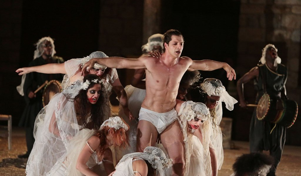 "Sakis Rouvas in the Greek Tragedy ""Vakhes"" - Photograph courtesy of peoplegreece.com"
