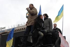 Ruslana and Boxing Champion Vitali Klitschko in Maidan Square. Photograph courtesy of Ruslana Official Facebook