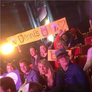 Fans of Dennis Fagerstrom. Photo : YLE