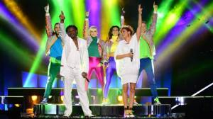 Dr Alban and Jessica.  Photo Olle Kirchmeir/SVT