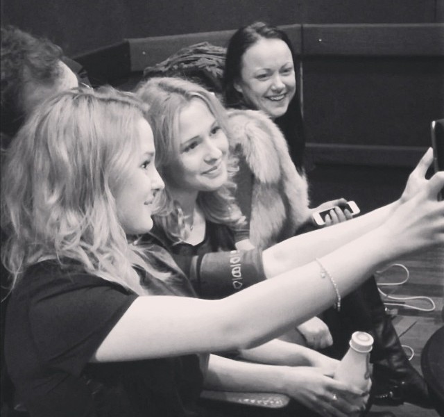 "Tolmachevy Twins Release ""Shine"". Photo : Instagram"