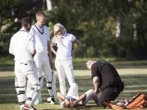 Carola's Cricket Accident. Photographer: Olle Sporrong