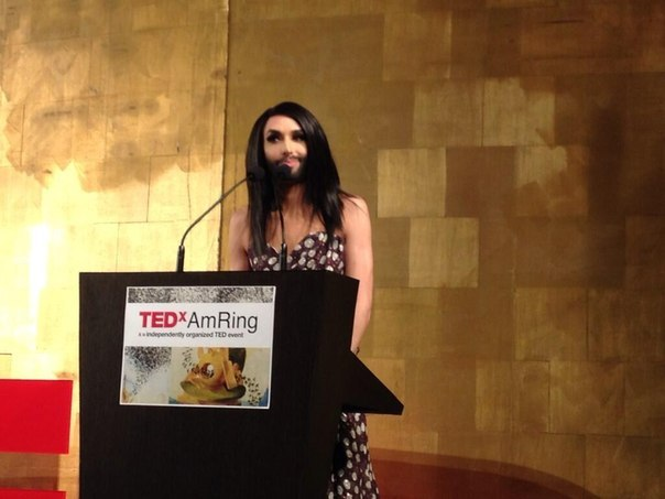 Conchita Wurst TEDx Talk. Photo : YouTube