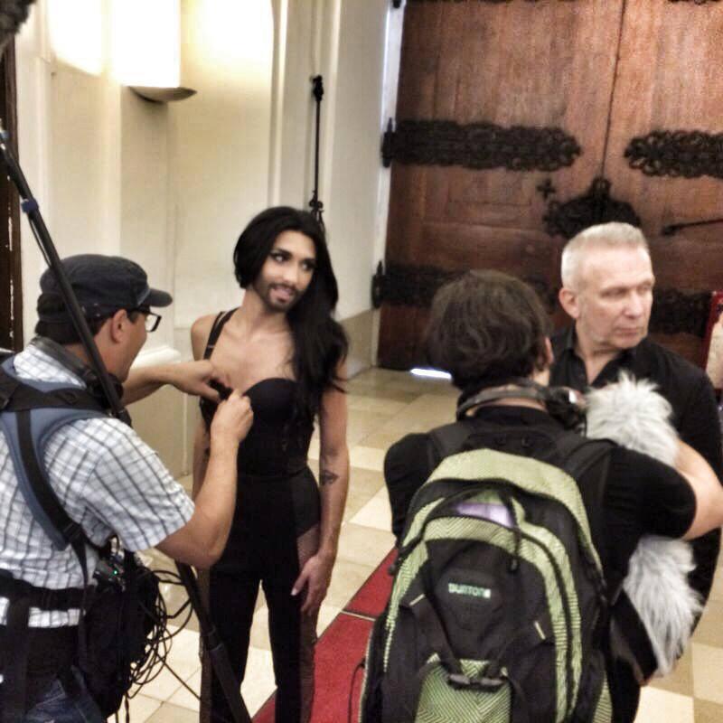 Conchita and Jean Paul Gaultier in Vienna. Photo : Conchita Wurst Twitter