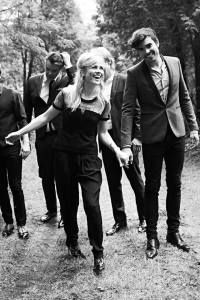 The Common Linnets - Give Me A Reason. Photo : The Common Linnets Facebook