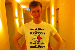 George Ezra - 'Budapest'. Photo : Twitter