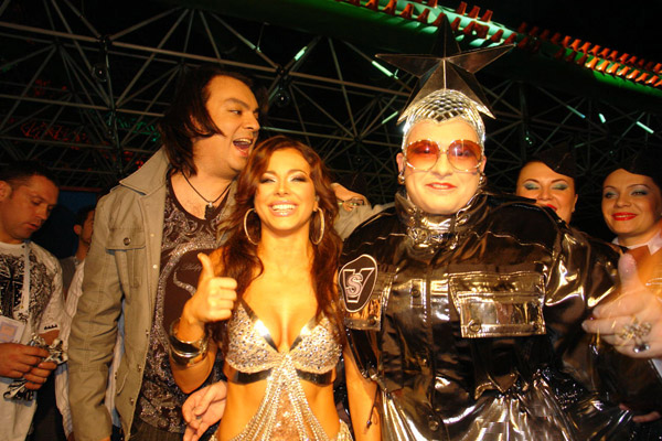 Verka Serduchka and Ani Lorak. Photo : nnm.me