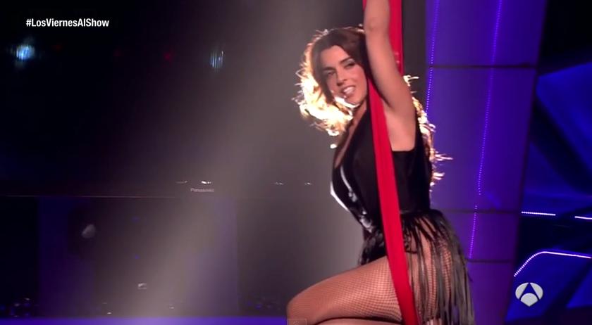 Ruth Lorenzo - Gigantes Live. Photo : YouTube