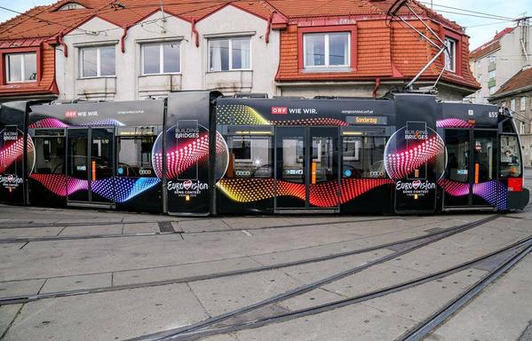 Building Bridges Trams. Photo : ORF