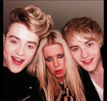 Jedward and Tara Reid. Photo : Twitter