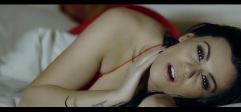 Nikki Kavanagh Official Video. Photo : YouTube