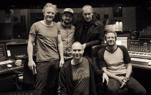 Johnny Logan Boe, Rasmus, Henrik Møller & Henrik Askou