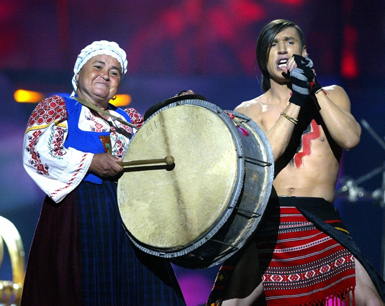 KIEV, UKRAINE: Zdob si Zdub of Moldova perform in the dress rehearsal in Kiev 20 May 2005 prior to Saturday's final of the 50th Eurovision Song Contest. AFP PHOTO/ Sergei SUPINSKY (Photo credit should read SERGEI SUPINSKY/AFP/Getty Images)