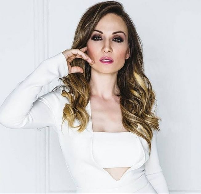 SERBIA Jelena - vesti.rs.JPG